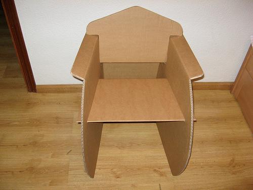 Las mejores sillas de cart n y papel for Sillas para armar y recortar